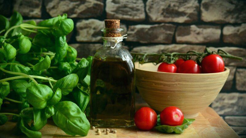 8 amazing benefits of eating healthy