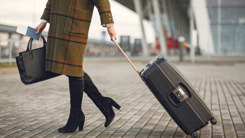 9 Best Tips To Travel On A Budget
