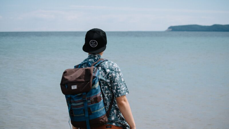15 Top Beach Packing List Items for 2021
